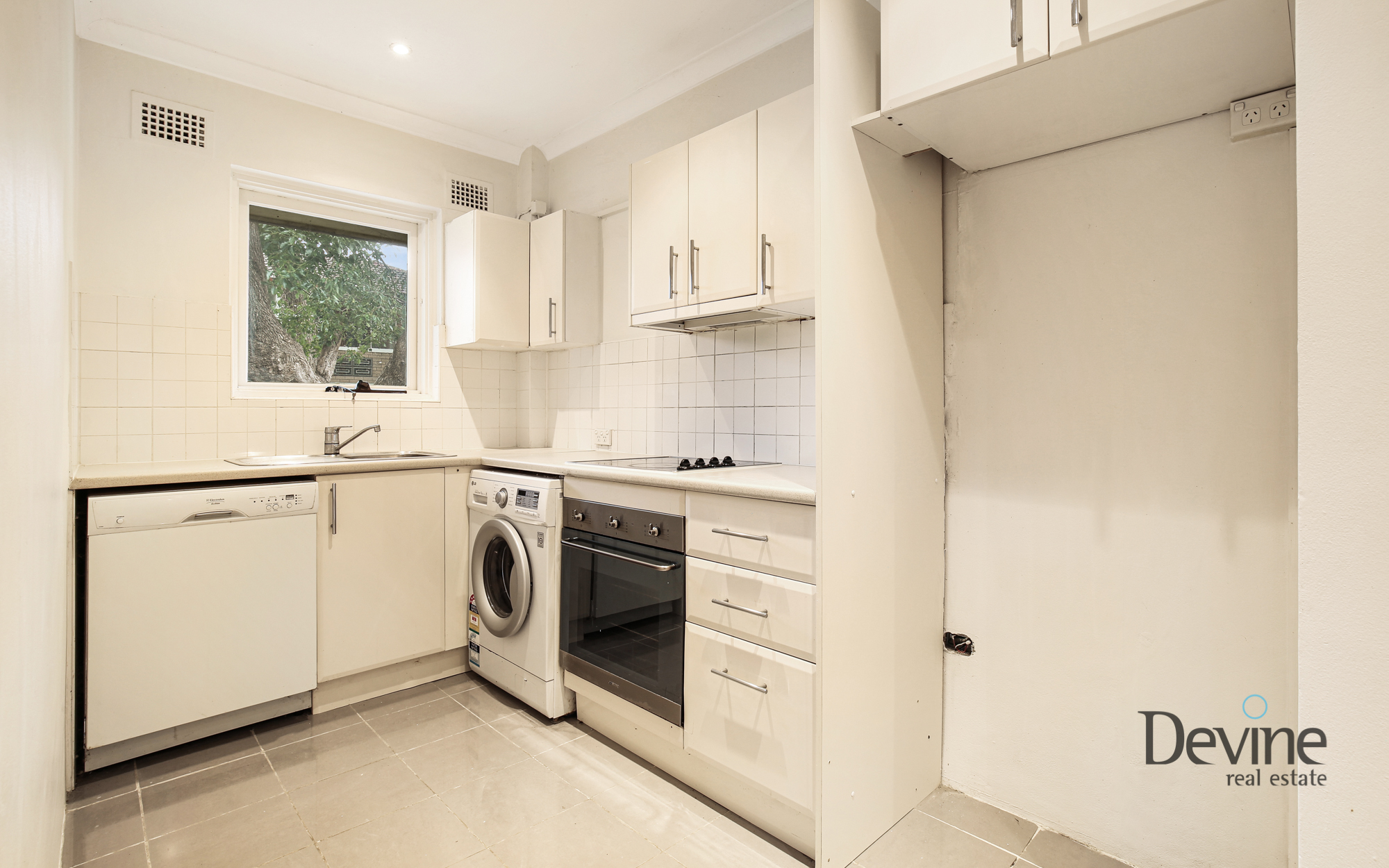 8/379 New Canterbury Road, Dulwich Hill