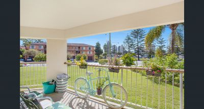 2 bedroom Unit overlooking the Parklands