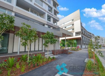 EXECUTIVE URBAN ONE BEDROOM PLUS STUDY IN THE POPULAR 'APEX' COMPLEX