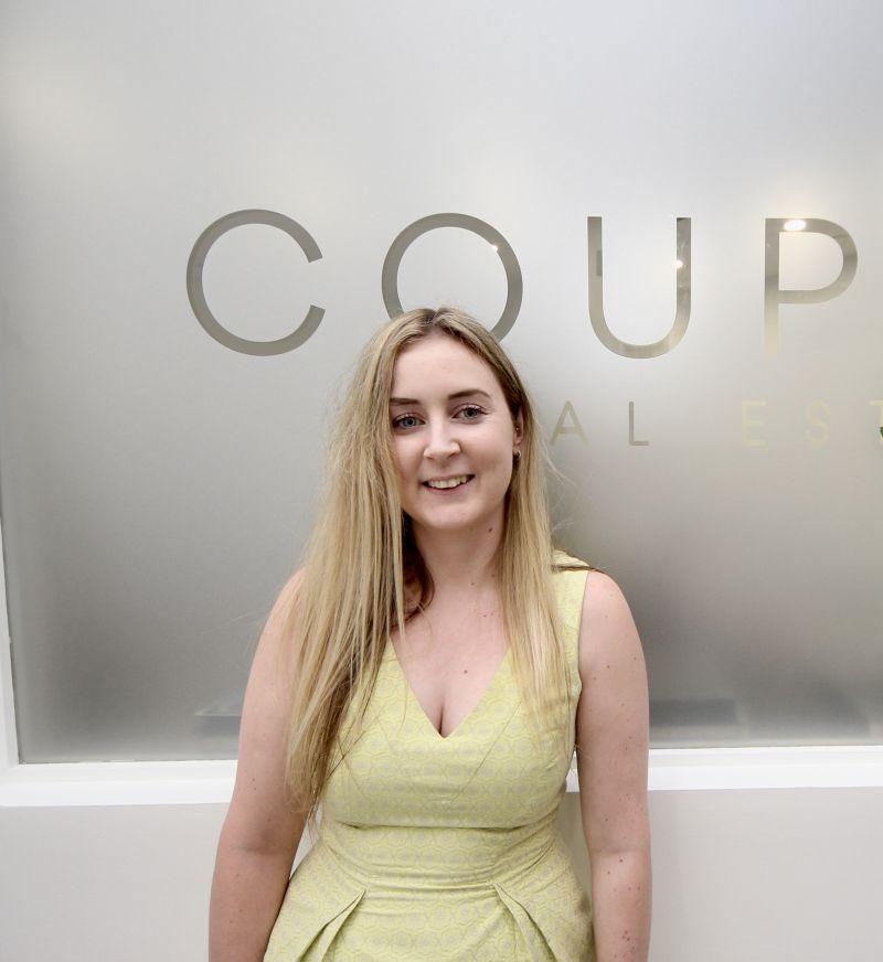 Rebecca Waller Real Estate Agent