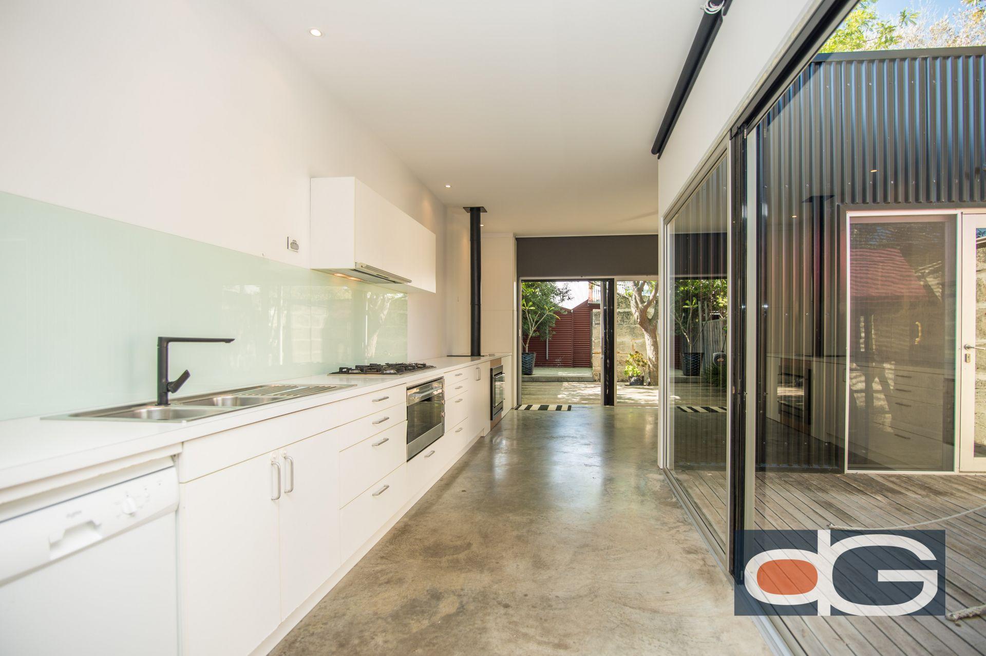 24 McLaren Street, South Fremantle