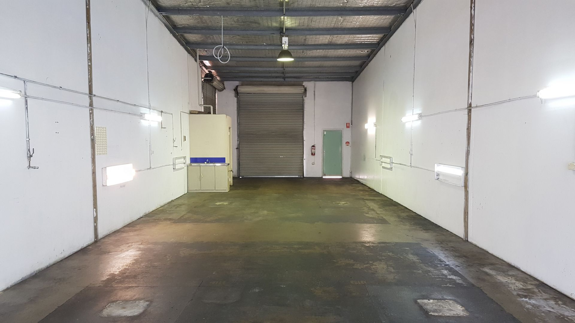 Prime Street Frontage Light Industrial shed for Lease