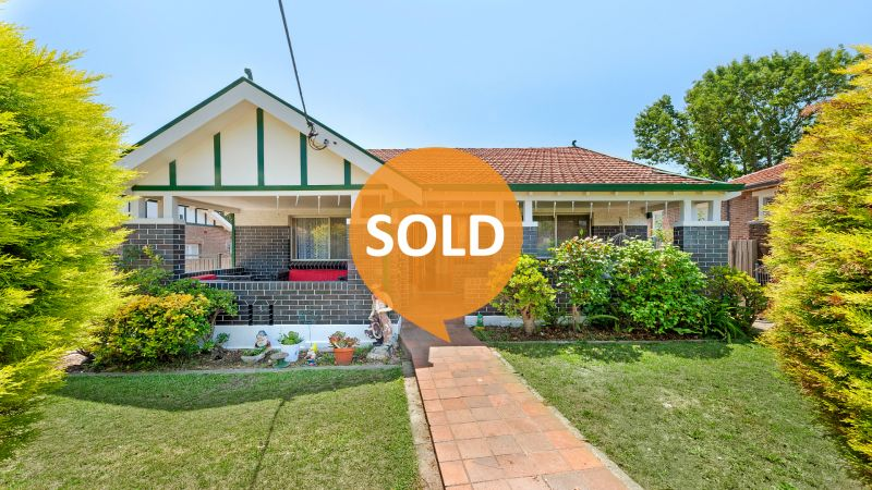 A Parkside Classic on a Sunny 833sqm Block