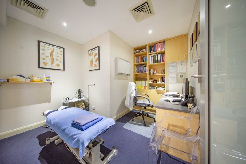 APPROVED 'MEDICAL CENTER' OR RETAIL/SHOWROOM