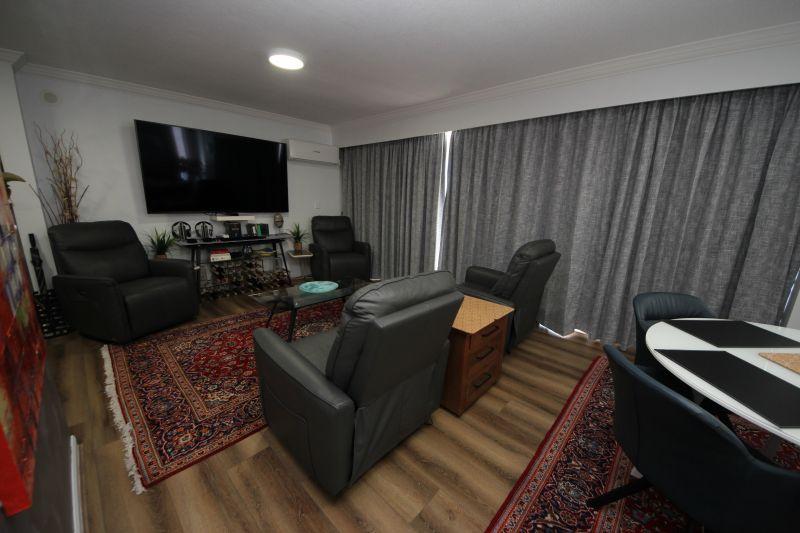 2716/24-26 Queensland Avenue, Broadbeach