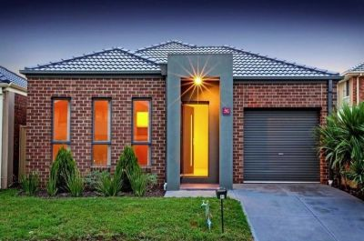 Modern 3 Bedroom Family Home !!