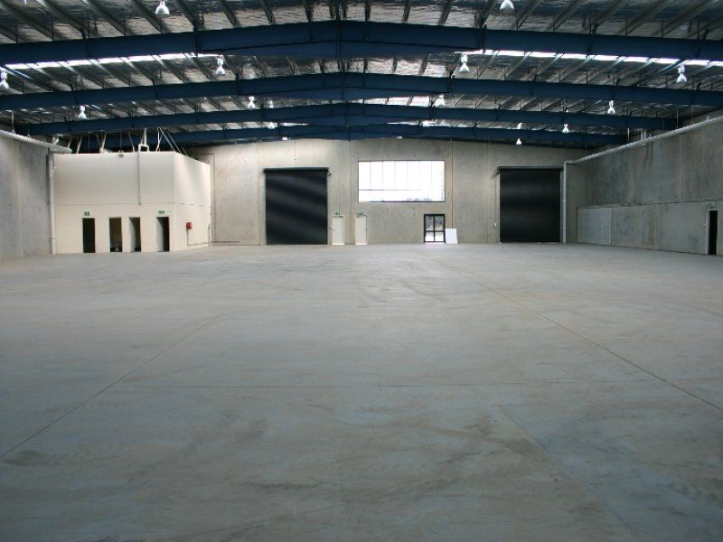 Ideal Logistics Base â?? Office/Warehouse in Prime Location