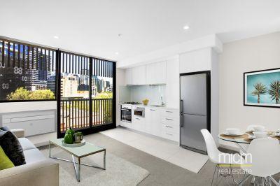 Brilliant City Edge Living in Carlton