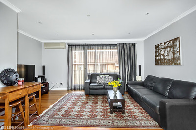 Superbly Renovated 2 Bedroom Apartment