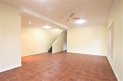 Large Renovated House - Off-Street Parking