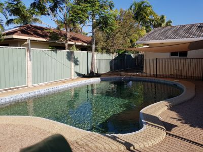 Close to Uni and Lavarack with a swimming pool