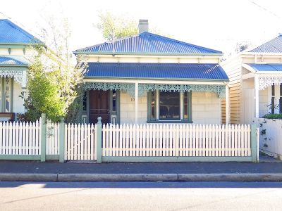 TWO BEDROOM SINGLE FRONTED VICTORIAN, RIGHT IN THE HEART OF WILLIAMSTOWN