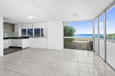 Absolute Beachfront Apartment