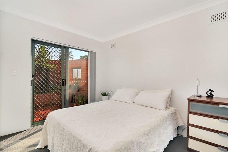 2/27-31 Crinan Street, Hurlstone Park NSW 2193