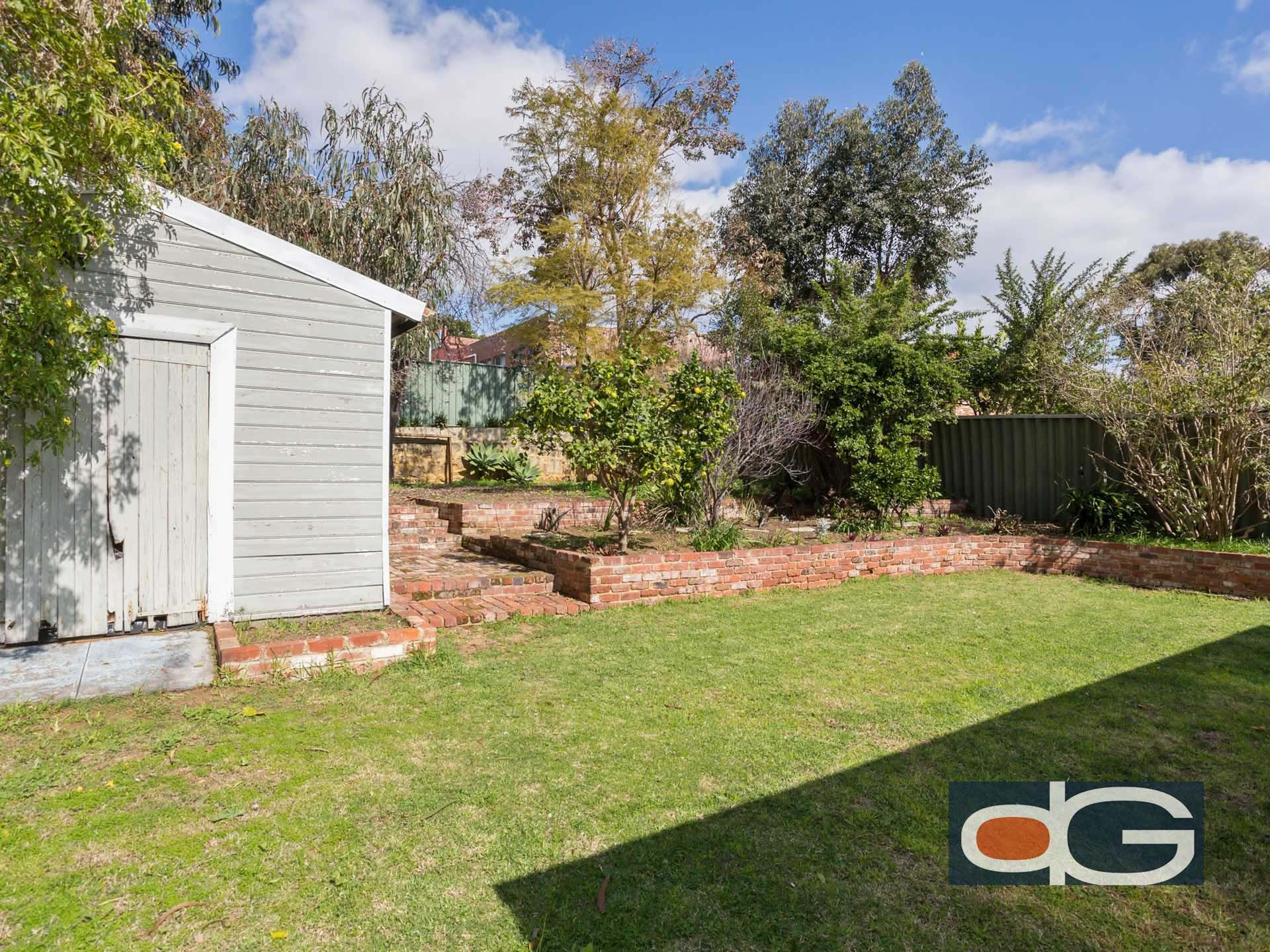 17 Elizabeth Street, White Gum Valley