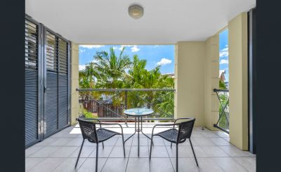 VALUE, LIFESTYLE AND POSITION, PETRIE POINT PARADISE!!