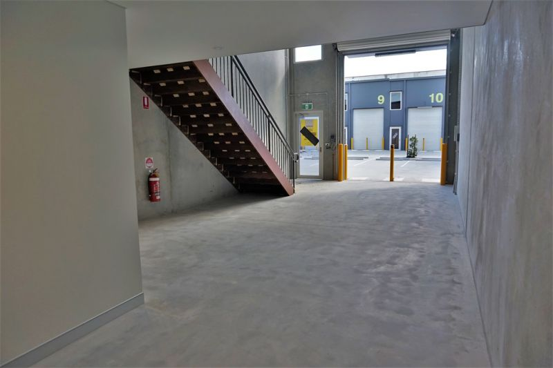 BRAND NEW 93sqm* OFFICE/ WAREHOUSE UNIT