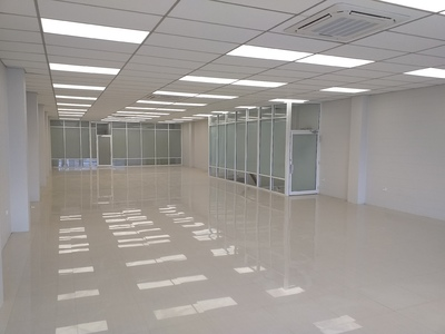 NEWLY REFURBISHED OFFICE SPACE - 1 Month Rent Free