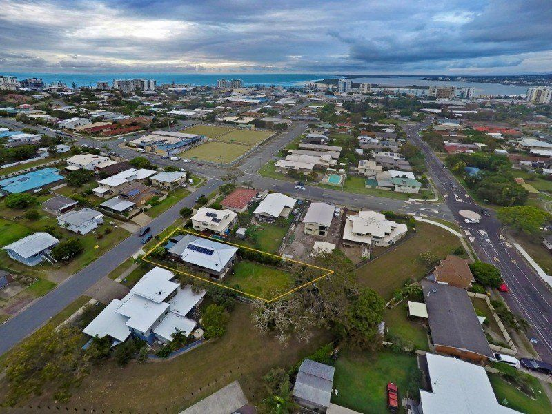 For Sale By Owner: 12 Edith Street, Caloundra, QLD 4551