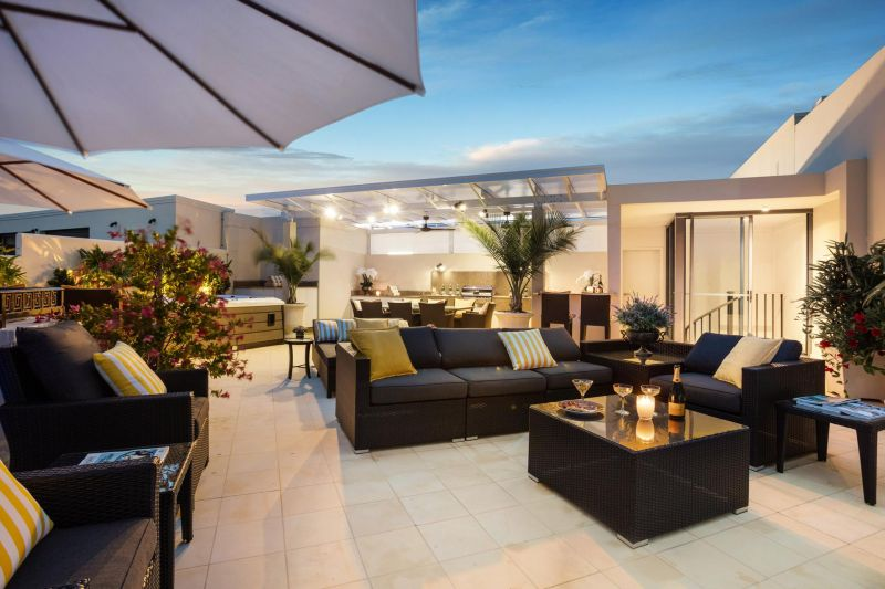 Immaculate Palazzo Versace Condo with a summer-ready rooftop