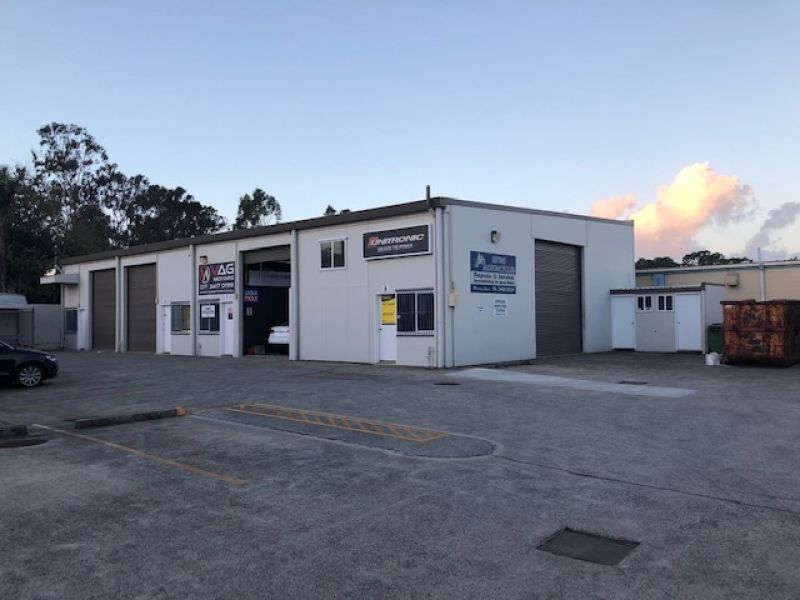 106sqm Affordable Well Presented Industrial Unit