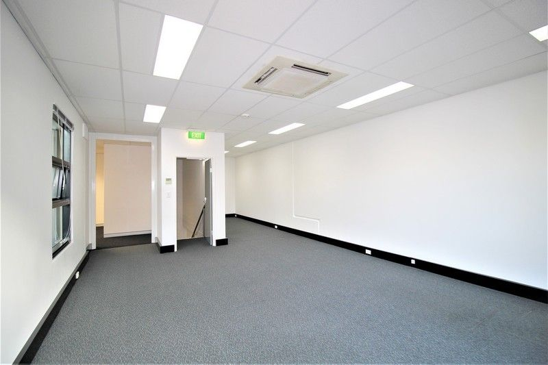 1 YEAR LEASE TERM - AFFORDABLE MODERN OFFICE WITH PARKING!