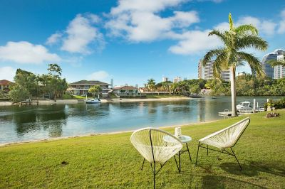 PRIME WATERFRONT LOCATION