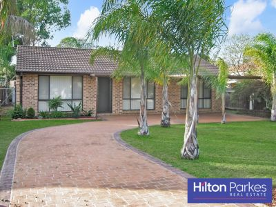 FAMILY HOME SITUATED ON 550.2m2 (APPROX.) BLOCK!