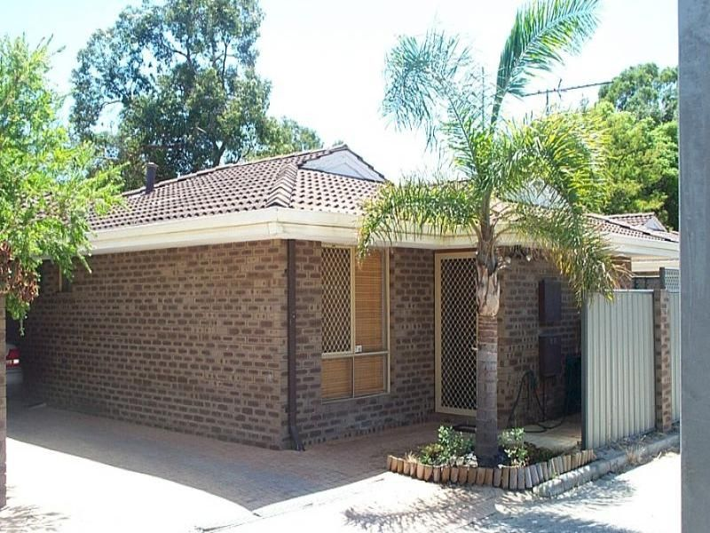 3/202 Crawford  Road Inglewood 6052