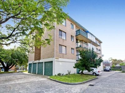 Two Bedroom Unit with Garage and Internal Laundry
