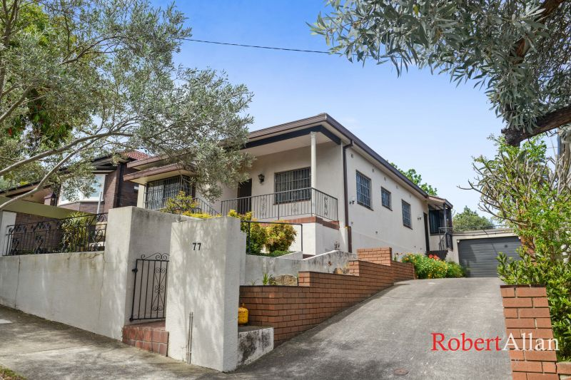 3 Bedroom Family Home on Generous Block of Land. Great Location!