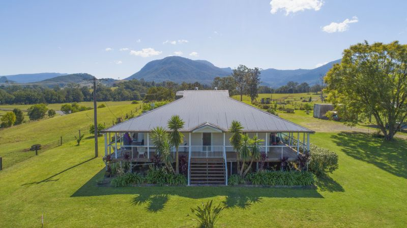 COMFORTABLE COUNTRY RESIDENCE IN NIMBIN