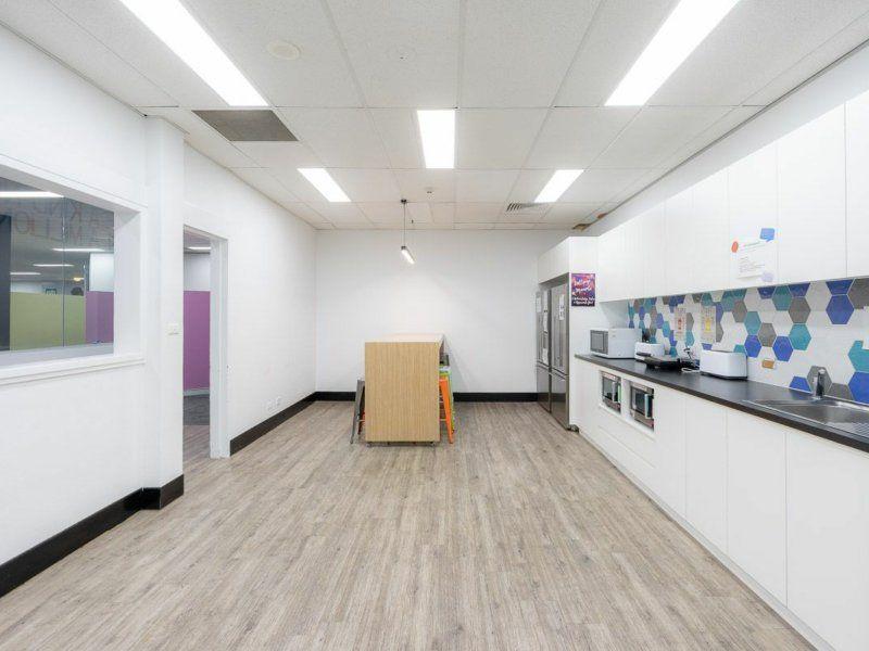 GROUND FLOOR OFFICE / RETAIL IN GOSFORD CBD