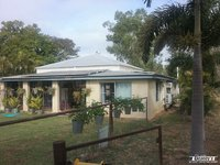PRIVATE 5 ACRES ONLY 4.5 KM FROM TOWN