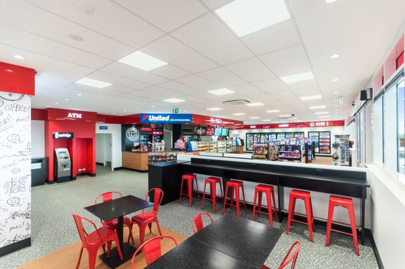 Brand new commercial space at United truck stop