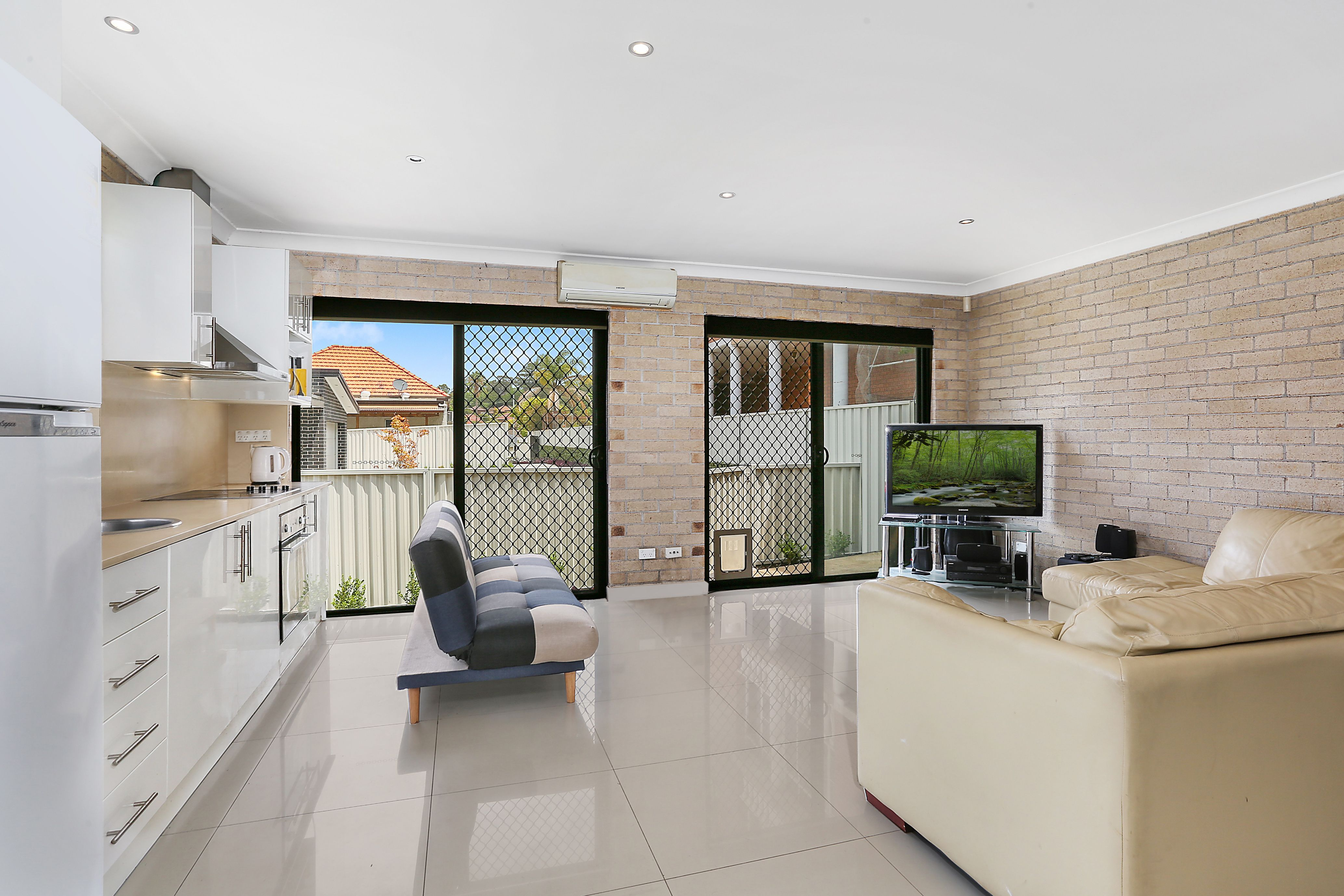 19B Banks Road, Earlwood