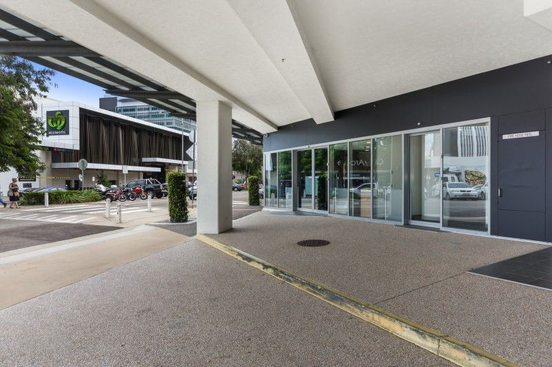 Former Commonwealth Bank premises with on-site parking