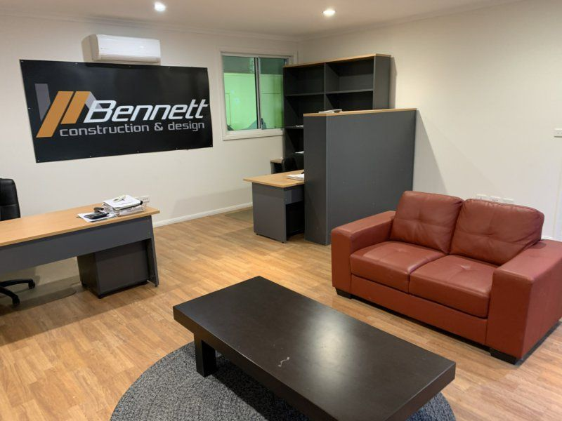 Brilliant business unit with office and showroom!