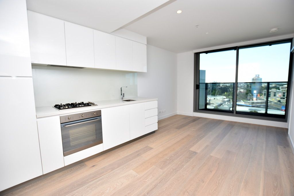Fantastic Brand New Apartment with Additional Space!