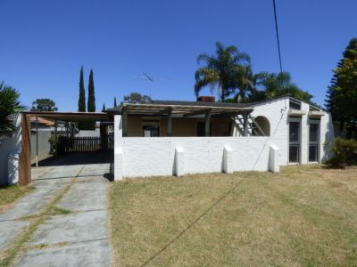 PLEASANT FAMILY HOME WITH SECURITY ROLLER SHUTTER