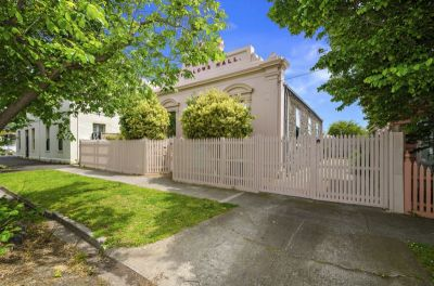 Brilliant Historical Home In A Central Williamstown Location