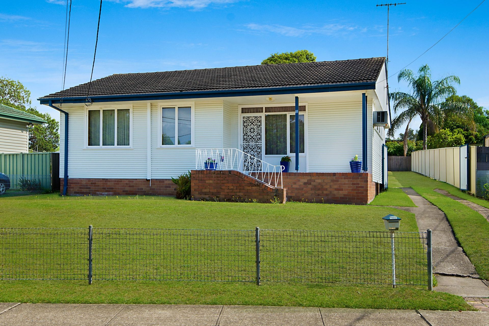 13 Stuart Mould Crescent, Lalor Park NSW 2147