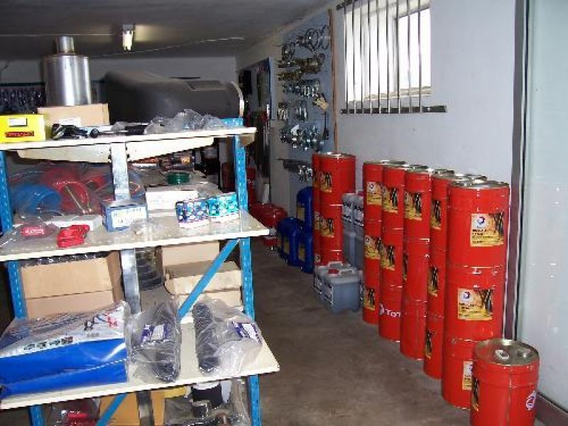 Truck Parts, 4WD Parts, Machinery  - Lubricants Distributor