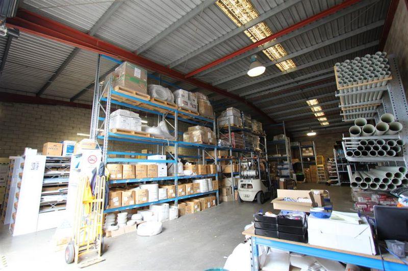 Versatile 429m² Street Facing Industrial Unit