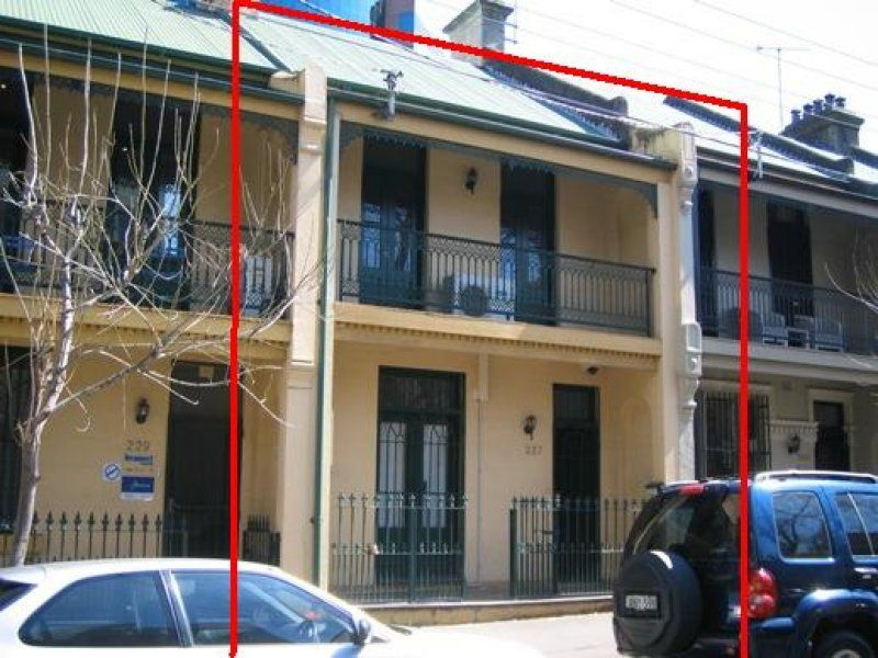 Large Commercial Terrace in the Heart of Surry Hills