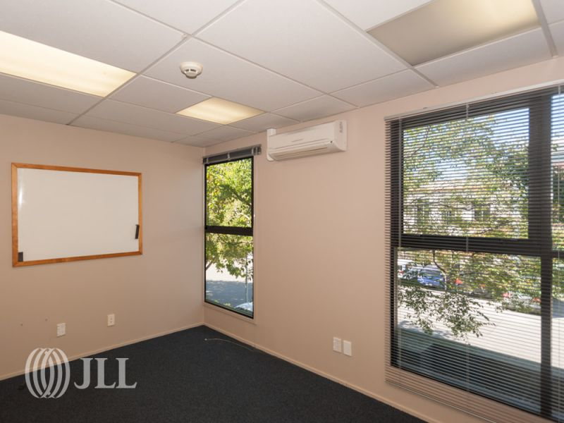 Bright modern office in a great location