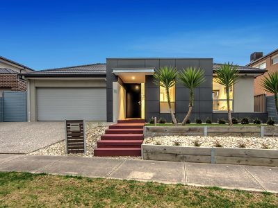Striking Urban Design in Premier Cairnlea Location