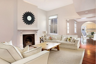 ROMANTIC RENOVATED TERRACE WITH REAR PARKING