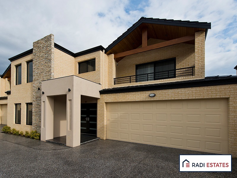 Spacious Well Located Townhouse