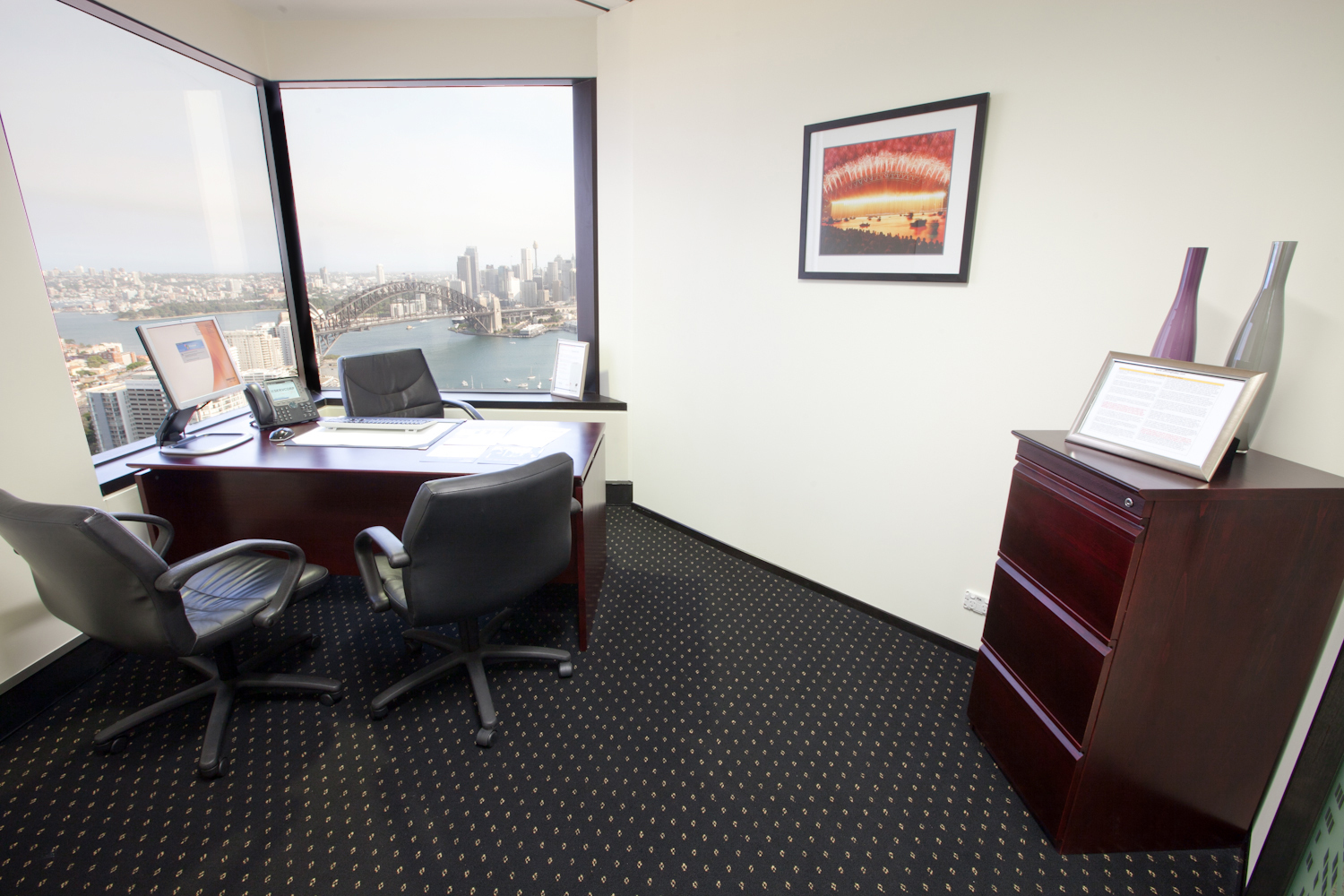 OFFICES LOCATED IN NORTH SYDNEY WITH MARVELOUS VIEWS